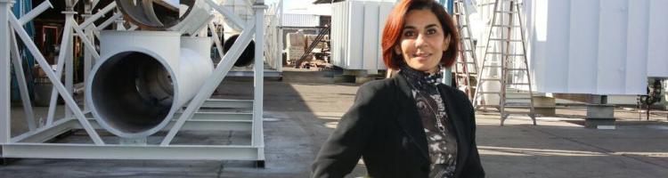 Anoosheh Oskouian -年度女性奖